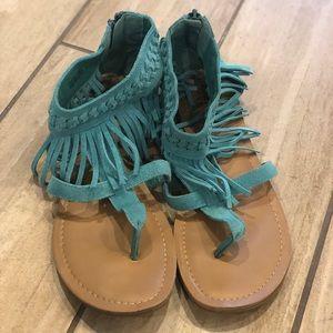 Super cute Minnetonka sandals